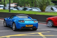 ElectricVehicle-roadster-ev-fun-main-200